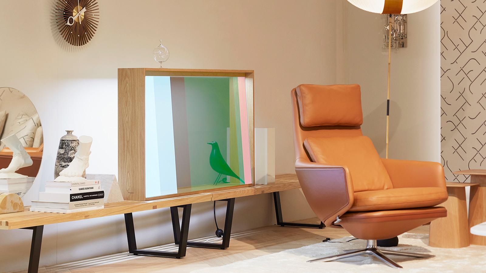 PanasonicVitrine Transparent OLED Concept Display