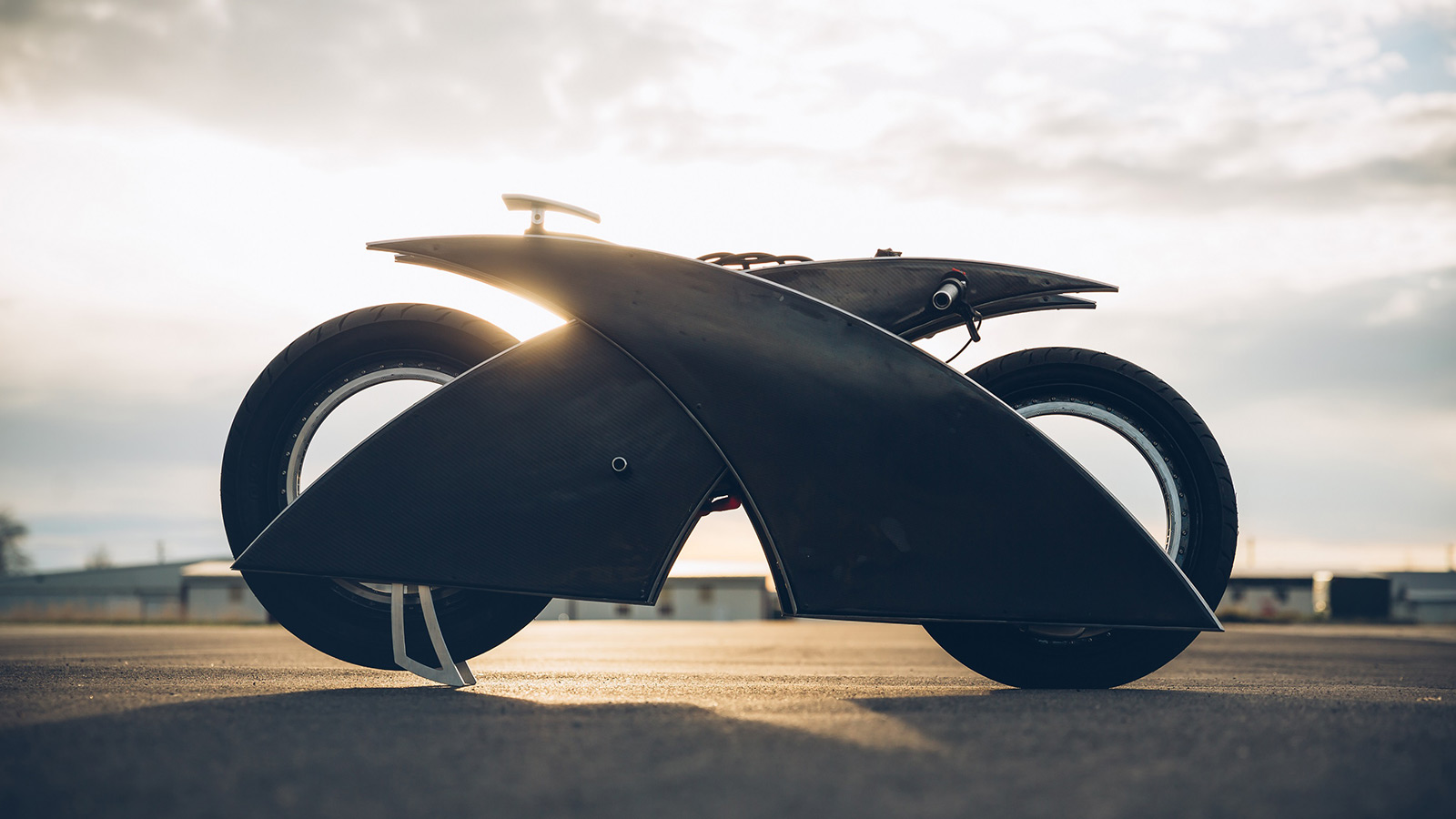 Racer-x Electric Motorcycle by Mark Atkinson