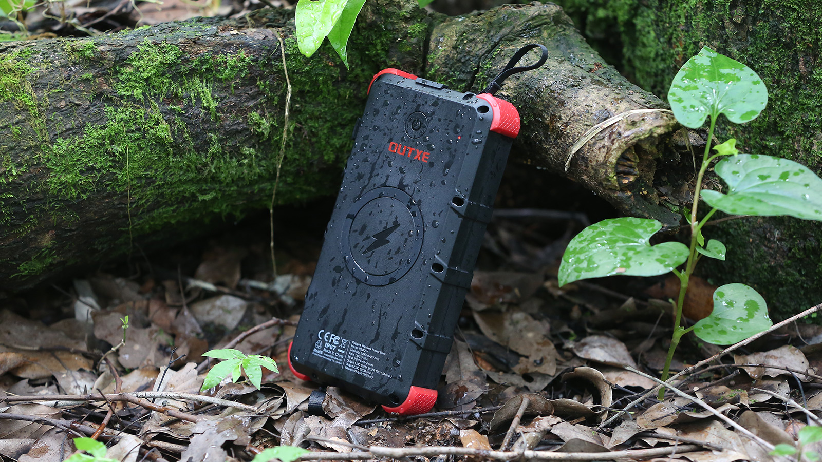 OUTXE W20 Waterproof Solar Power Bank