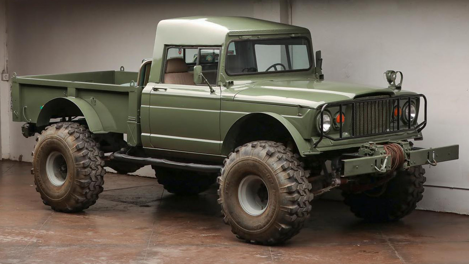 1967 Kaiser Jeep M715 Pickup