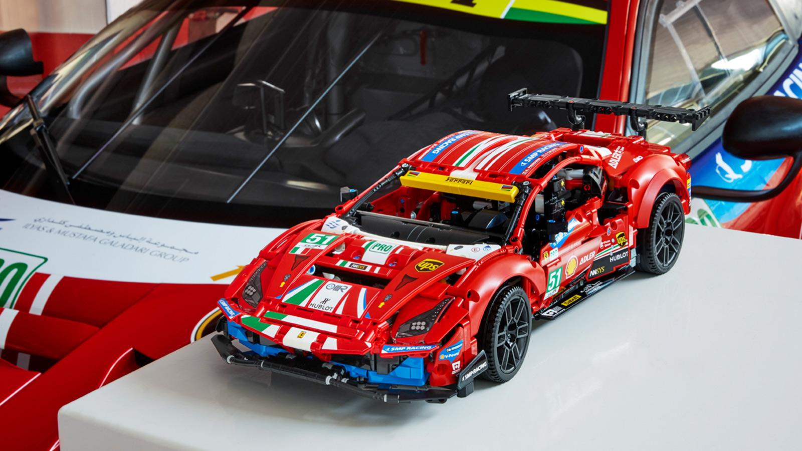 """LEGOTechnicFerrari 488 GTE """"AF Corse #51"""""""