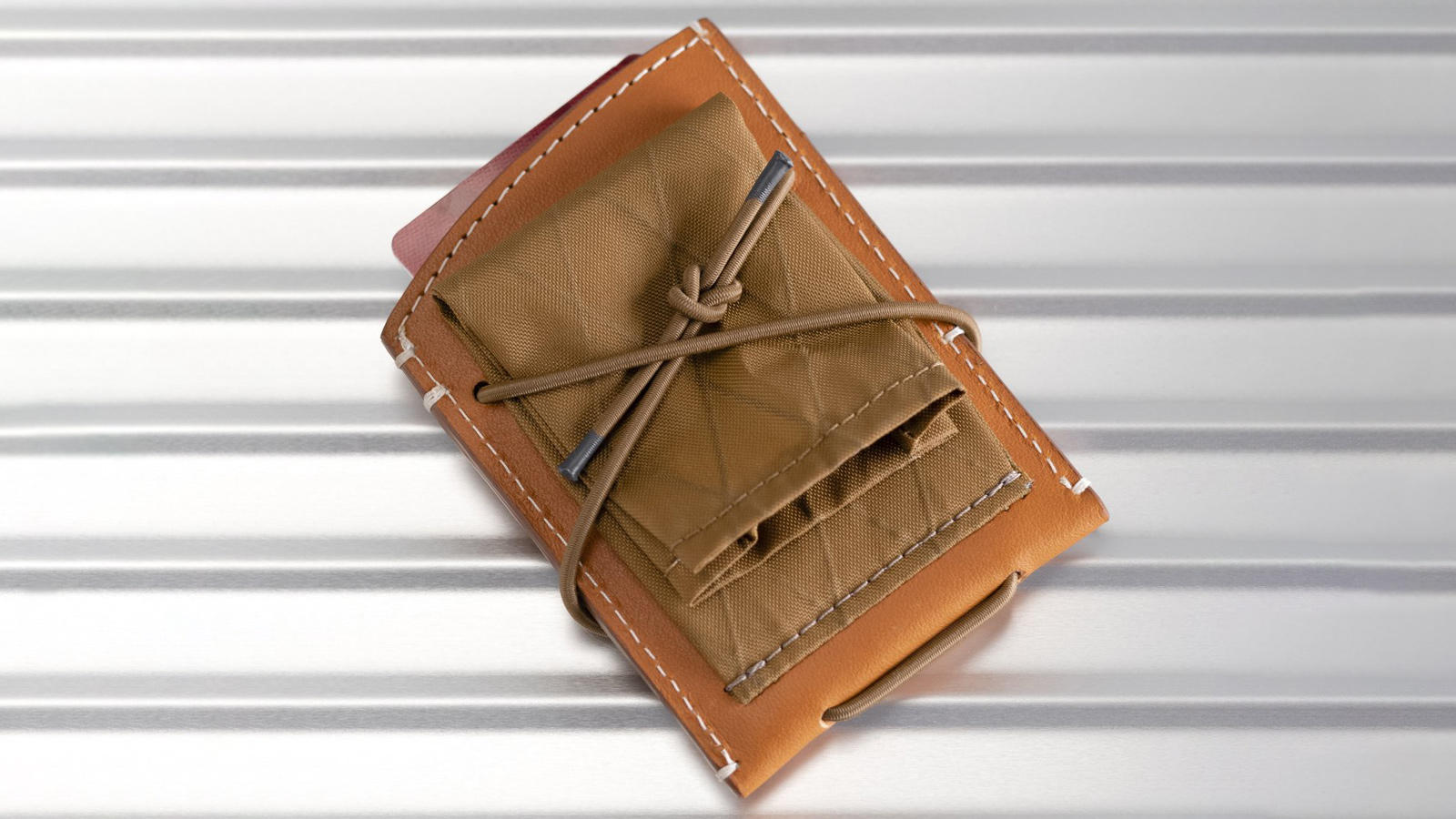 The Observer Collection Whisky Wallet