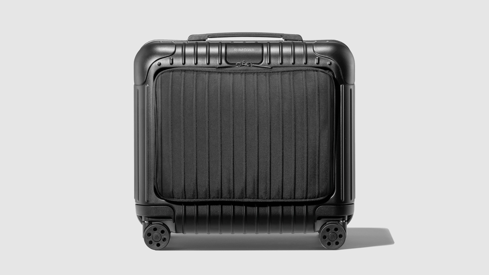 RIMOWA Essential Sleeve Compact