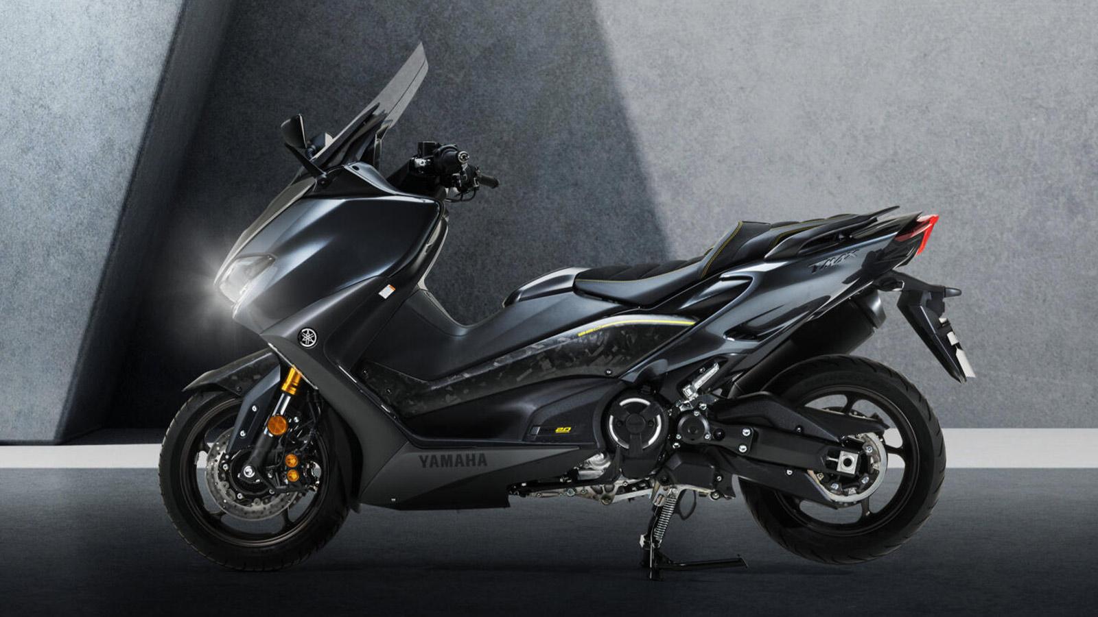 Yamaha TMAX20th Aniversary Carbon Edition