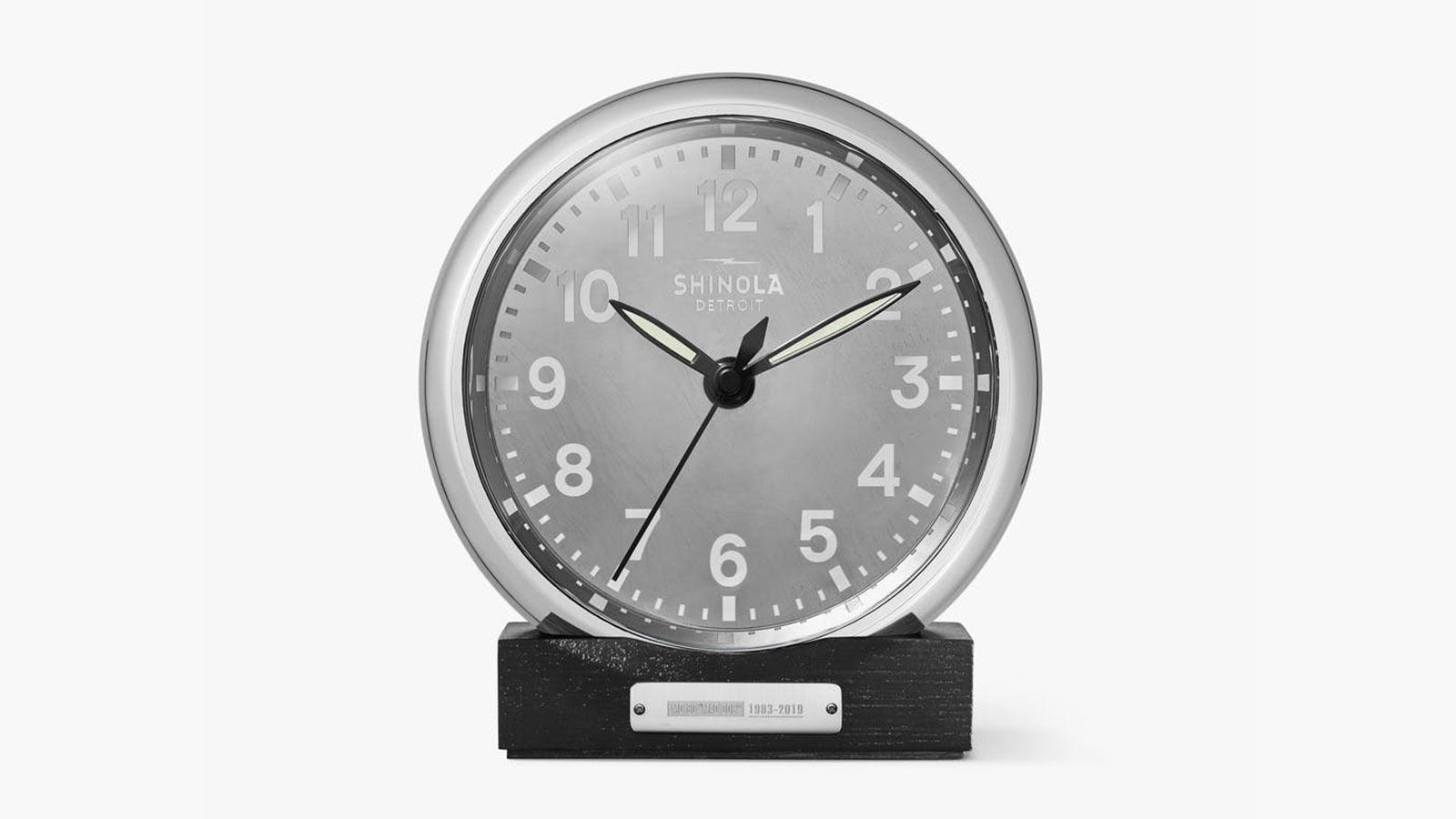 Shinola Runwell MD80 Desk Clock