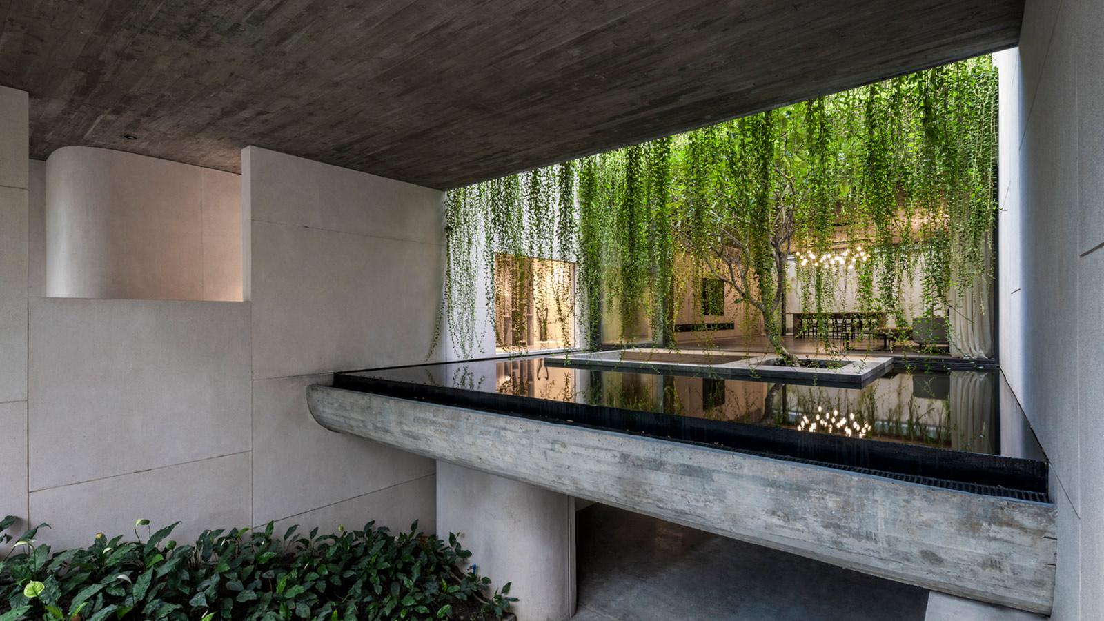 Villa Tan Dinh by MIA Design Studio