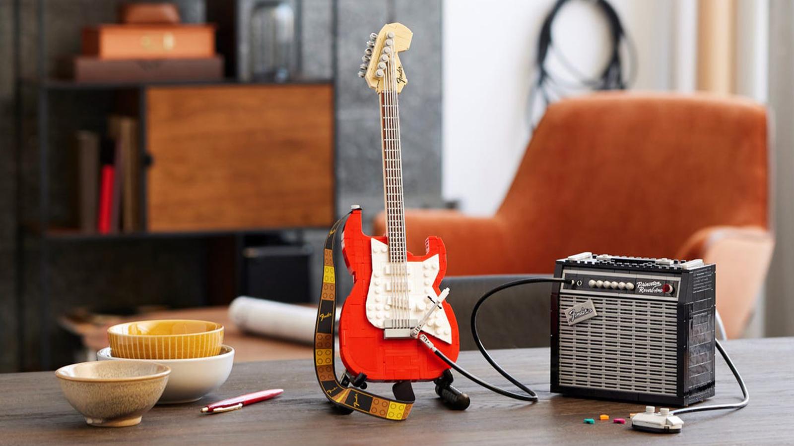 LEGO Ideas Fender Stratocaster Set